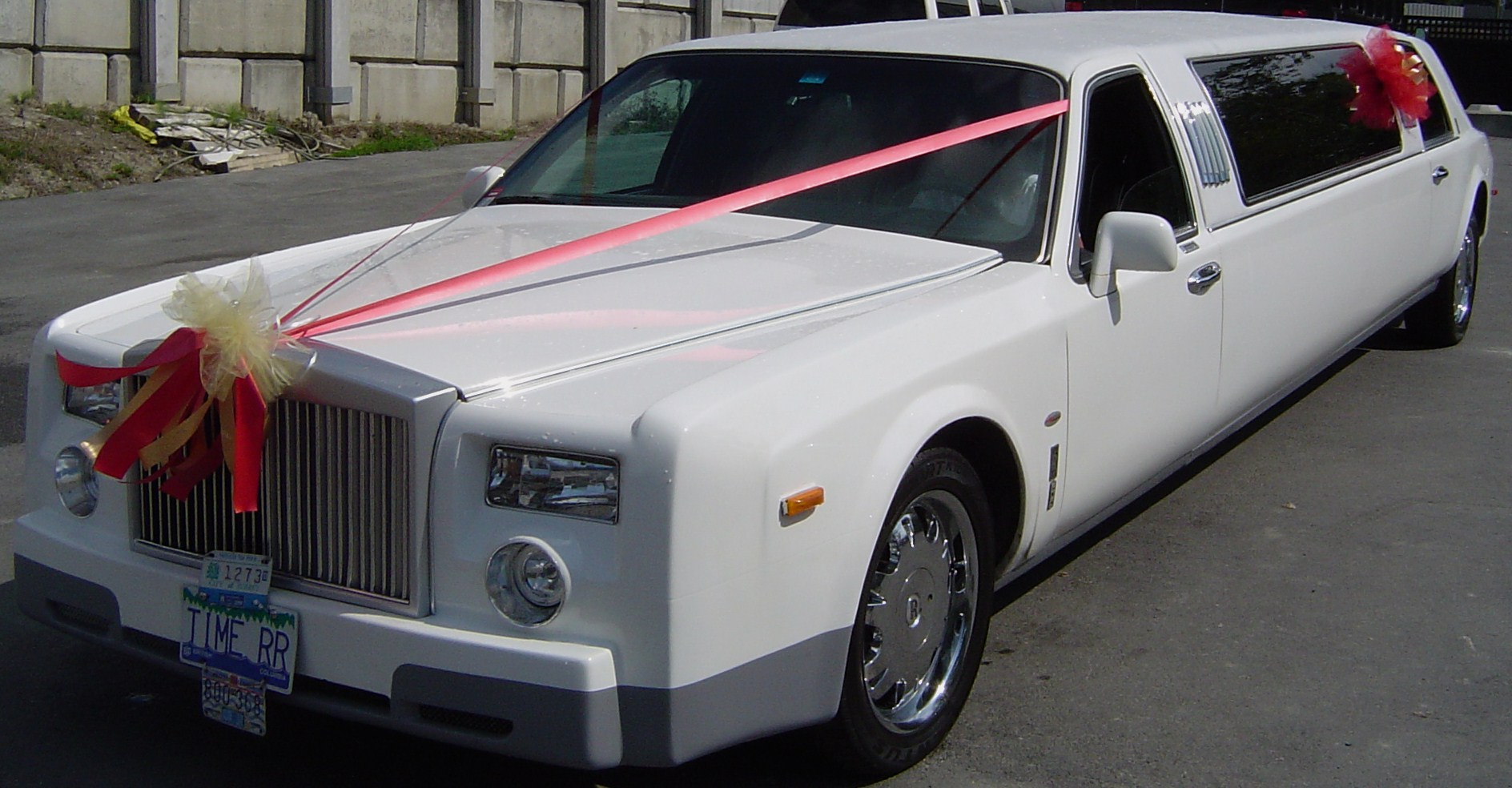 bentley limos service white in pin westchester limo rental
